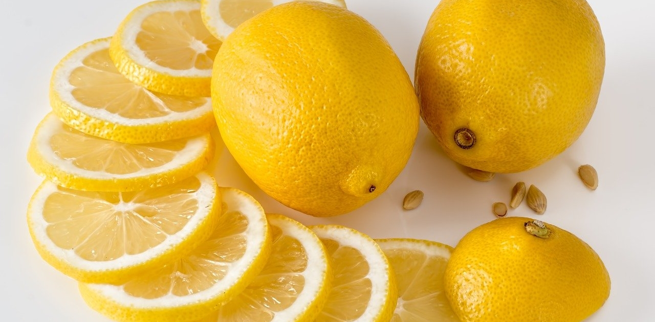 Zitrone_zitronensaeure